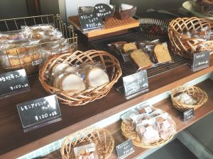 菓子屋ツキノキ_1